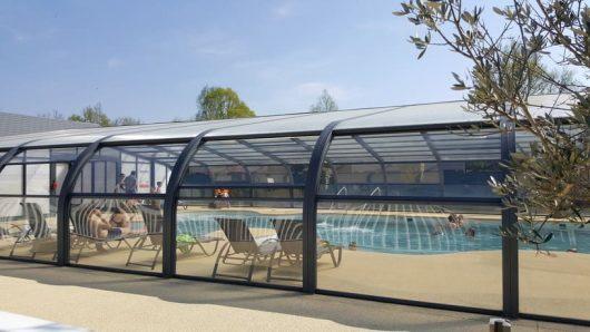 camping-cerisiers-piscine