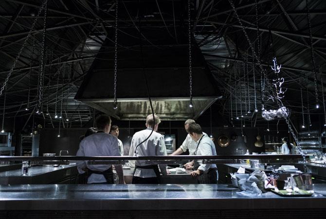 la-grenouillere-restaurant-01